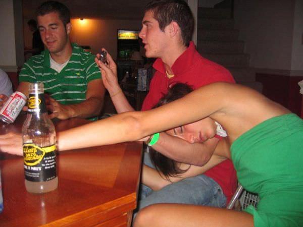 drunk_girls_57