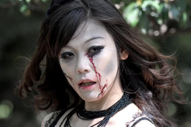 sexy-zombie1
